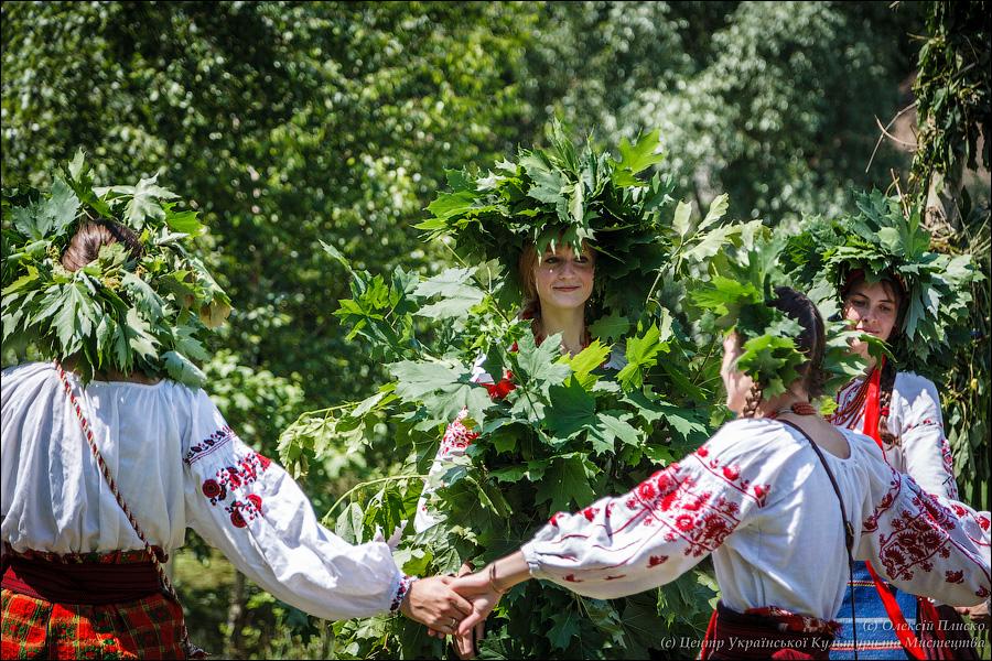 Зелена неділя, або Трійця – одне з найголовніших свят українського обрядового кола