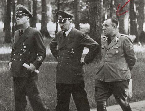 Рібентроп, Гітлер і Борман