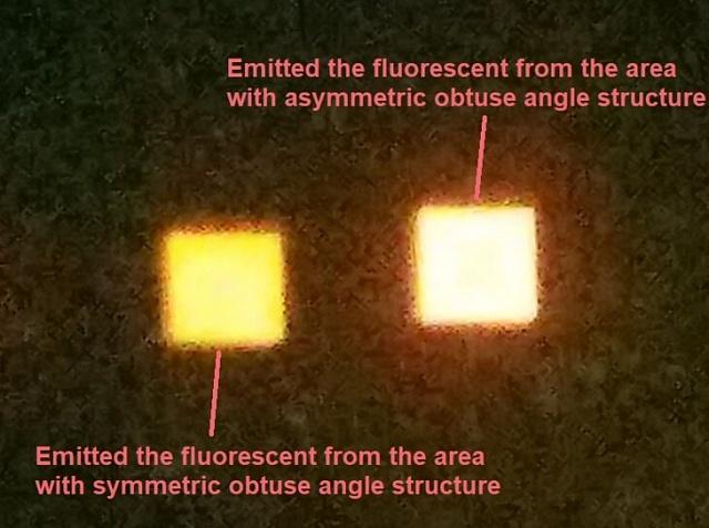 """Зліва-мікроскопічний світлодіод з покриттям з симетричних \""""пірамідок\"""", праворуч - світлодіод такої ж потужності з покриттям з асиметричних структур."""