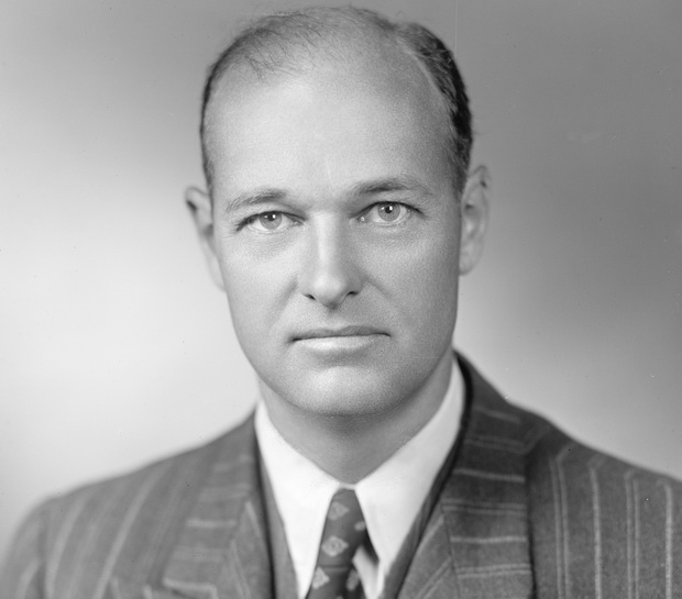 Джордж Фрост Кеннан (англ. George Frost Kennan; 1904 - 2005)