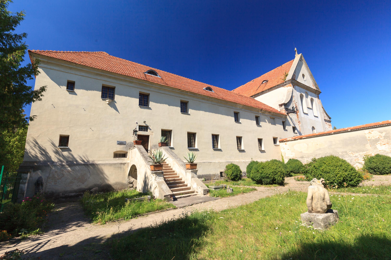 монастир капуцинів в олесько